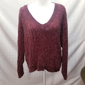 3/$20 Wild Fable maroon sweater